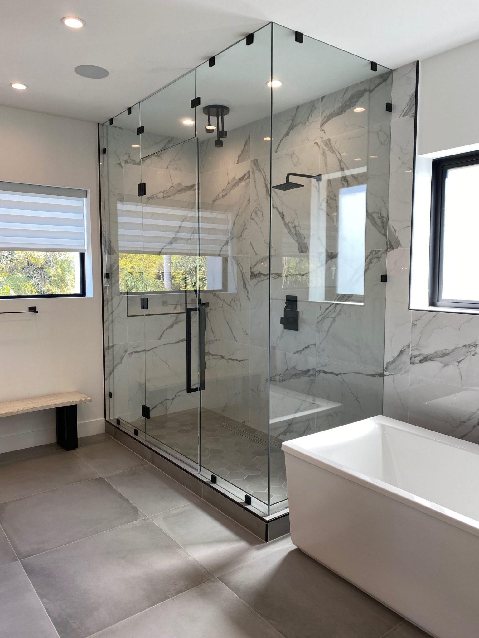 small bathroom Del Mar